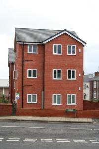 1 & 2 bedroom apartments to let